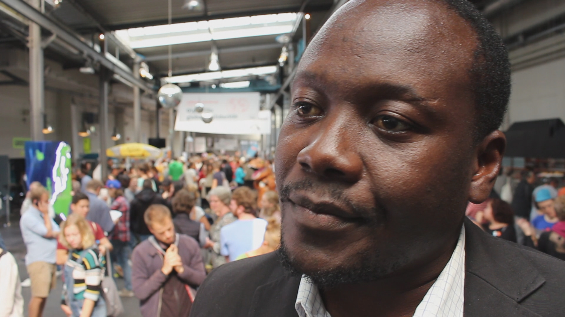 """Entwicklungshilfe für Afrika? """"Großkonzerne enteignen Kleinbauern"""""""