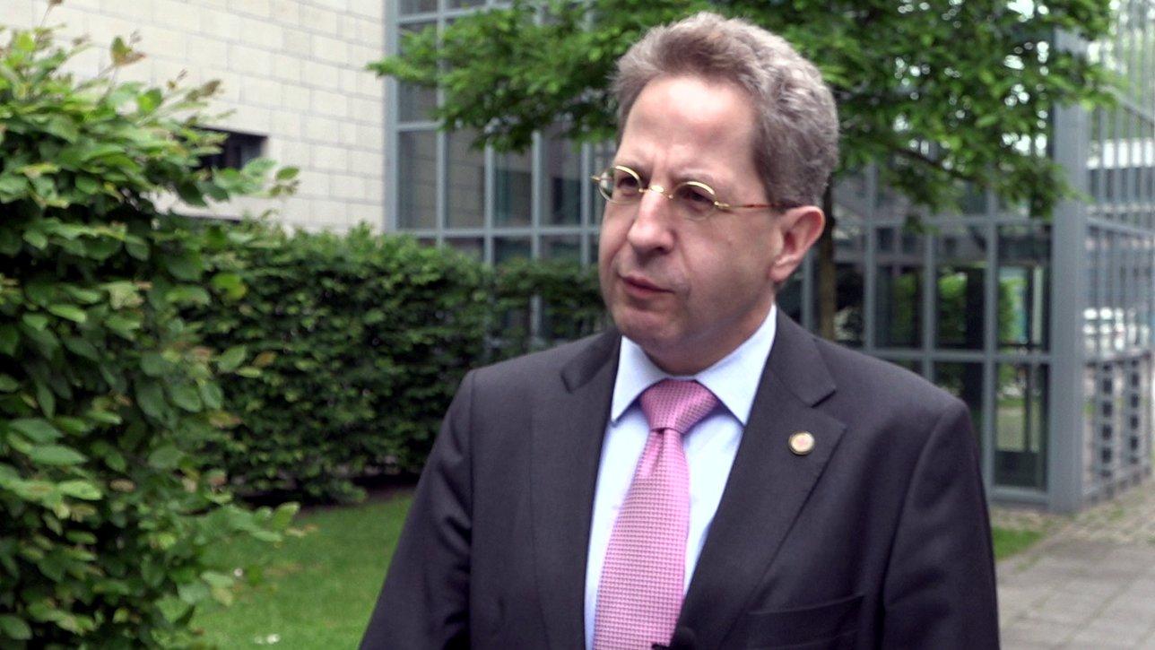Wollen Hacker die Bundestagswahl manipulieren? Interview mit Verfassungsschutz-Präsident Hans-Georg Maaßen