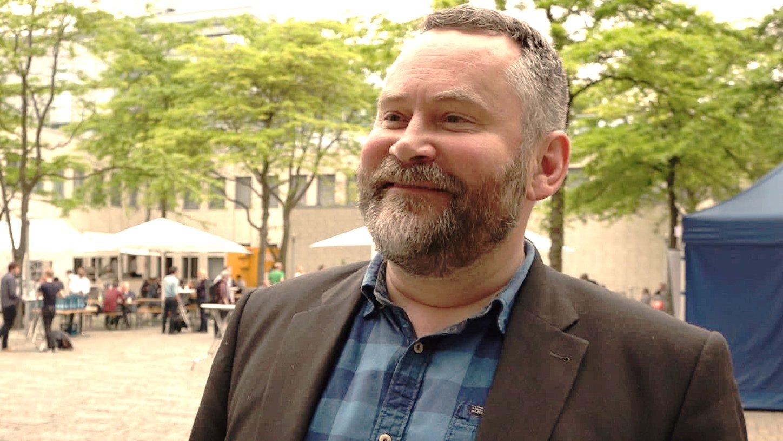 """""""An der Forderung der AfD ist was dran"""" – Medienkritiker Stefan Niggemeier"""