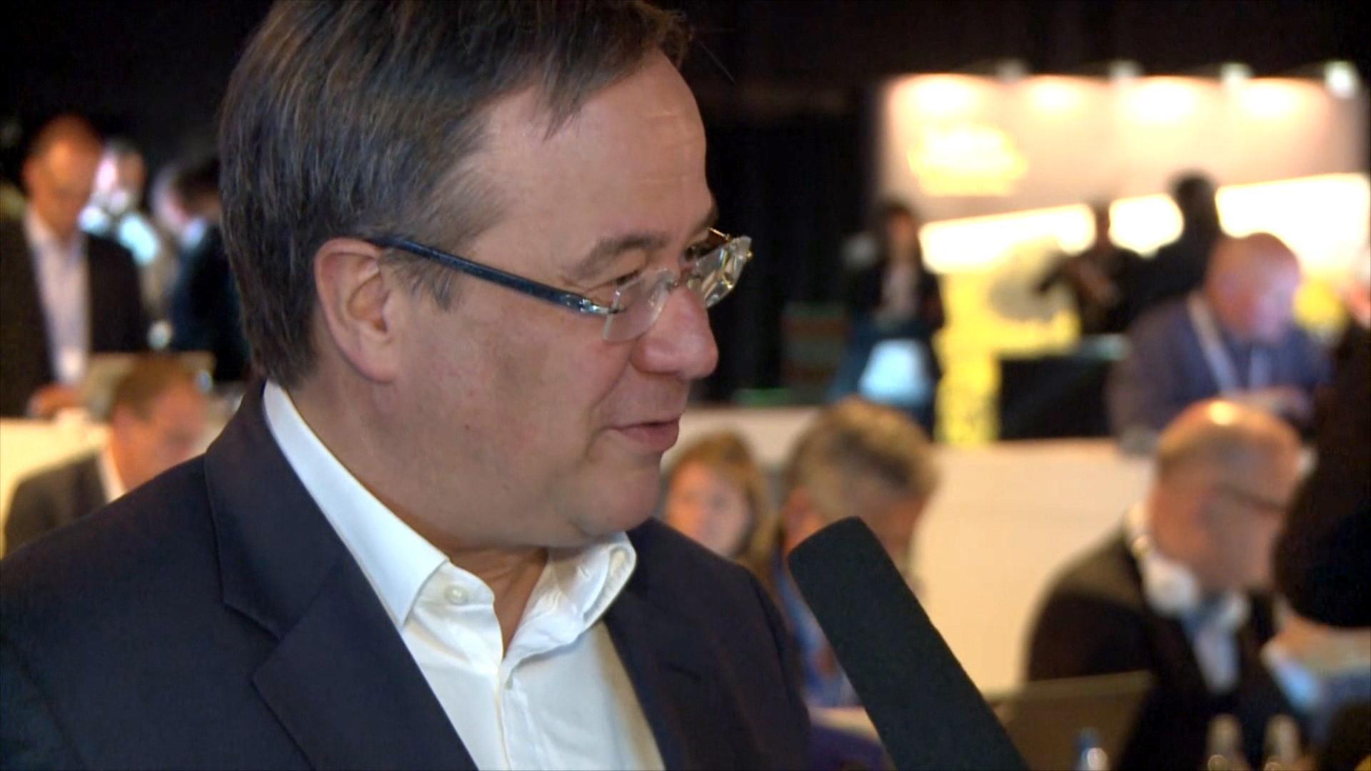 Was macht Merkel besser als Schulz? Armin Laschet zum TV-Duell