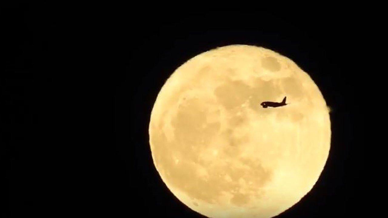 Supermond: So nah kam uns der Mond