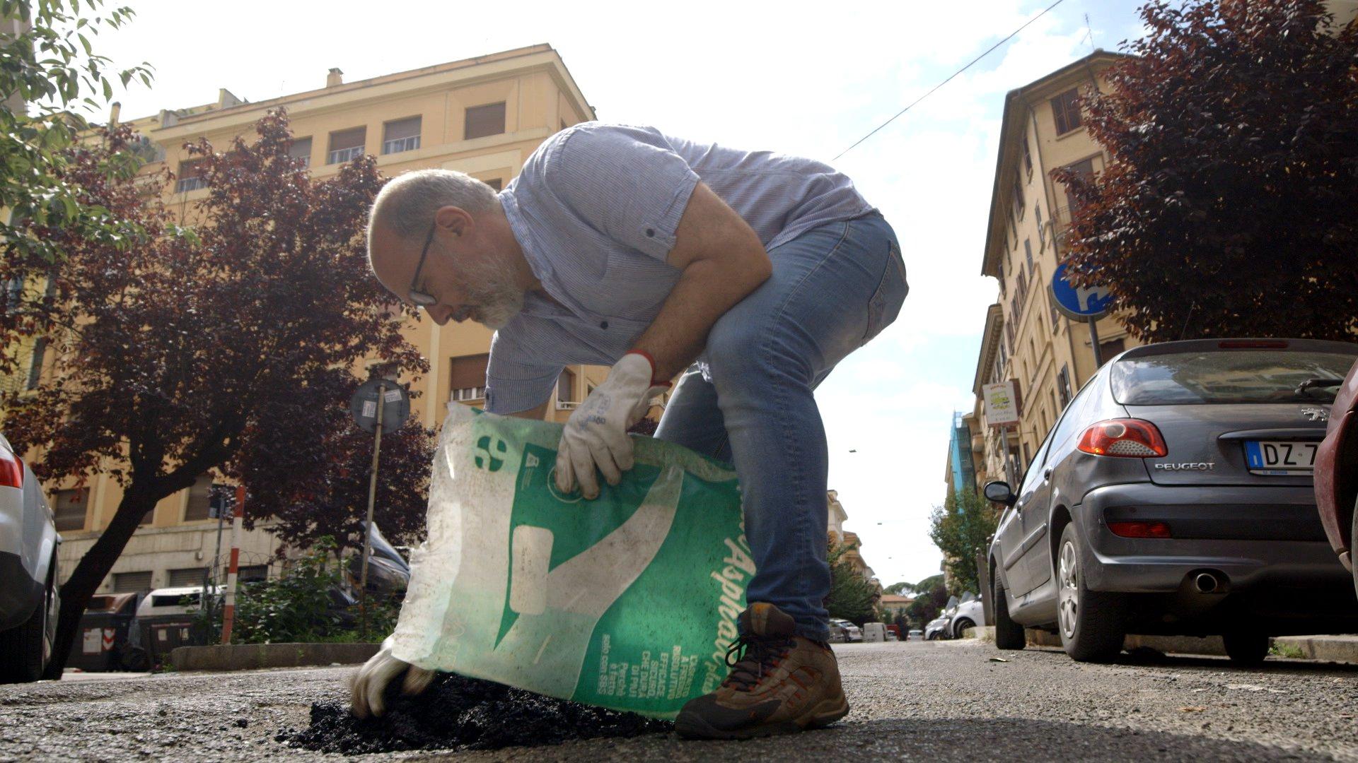 Rom räumt auf – Bürger gegen den Verfall ihrer Stadt (Doku)
